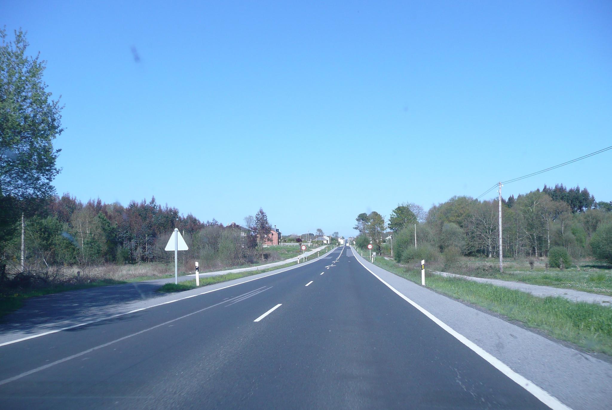 Tramos de carretera de doble sentido   Foto: Creativecommons.org
