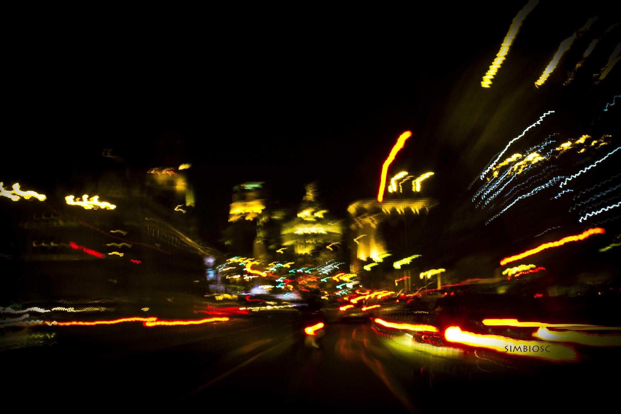 Conducción nocturna   Foto: Creativecommons.org